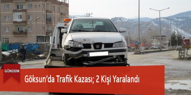 Göksun'da Trafik Kazası; 2 Kişi Yaralandı