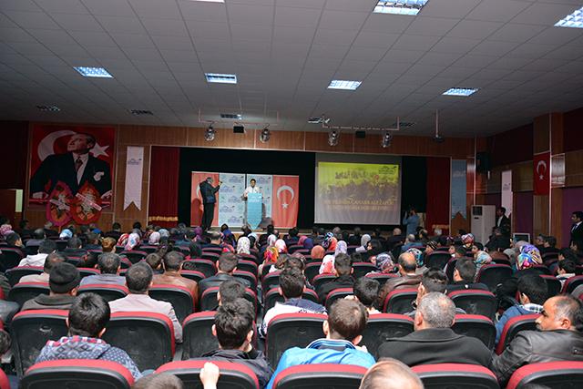 goksun_belediyesinden_canakkale_zaferi_konferansi (3)