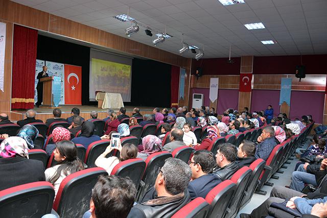 goksun_belediyesinden_canakkale_zaferi_konferansi (9)