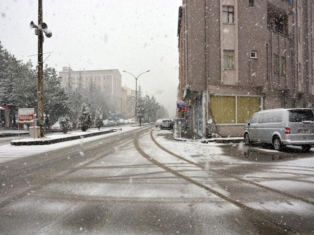 mart_kapidan_baktirir_4