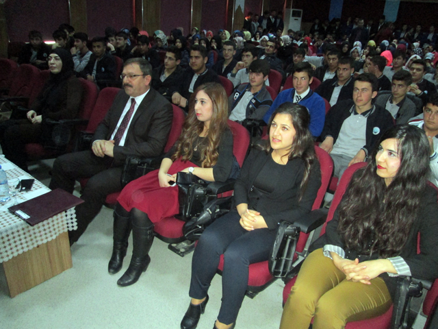 goksun_belediyesinden_medya_kullanimla_ilgili_seminer_3