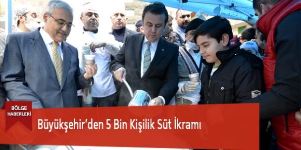 Büyükşehir'den 5 Bin Kişilik Süt İkramı