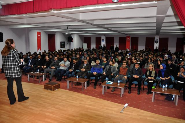 iletisim_ustaligi_seminer_6