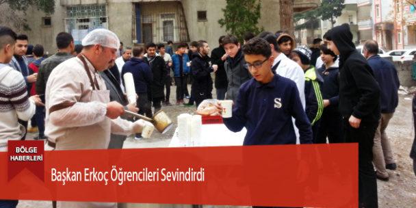 Başkan Erkoç Öğrencileri Sevindirdi