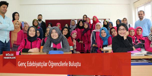 Genç Edebiyatçılar Öğrencilerle Buluştu