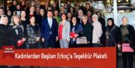 Kadınlardan Başkan Erkoç'a Teşekkür Plaketi